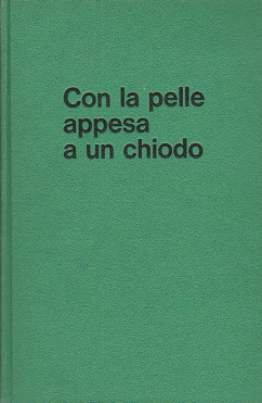 pelle appesa a chiodo